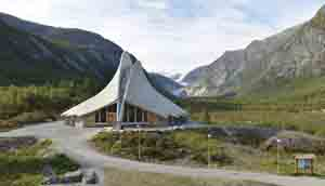 Breheimsenteret glacier center in Jostedalen